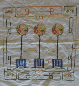 Vintage Handmade Embroidery Linen Cotton 19 X 16 Victorian Floral Topiary
