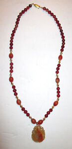 Vintage 14kt Gold Chinese Carnelian Agate Beaded Carved Jade Pendent