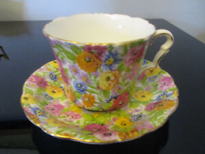 Antique Vintage Collingwood English Bone China Chintz Tea Cup Saucer C