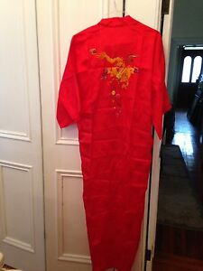 Golden Bee Embroidered Chinese Dragon Red Long Kimono Robe Vintage Xl