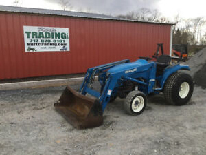2002 New Holland Tc33 4x4 Diesel Hydro Compact Tractor W Loader