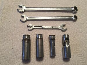 Lot Of 7 Snap On Tools 3 Wrenches 3 Deep Sockets And 1 Swivel Socket