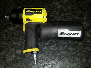 Snap On 1 2 Yellow Air Impact Wrench Model Pt850hv W Boot