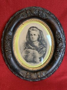Antique Victorian Oval Wood Gesso Deep Well Picture Frame With Glass