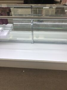 Extra Vision Showcase 6 Long glass Display Case retail Display Case With Led