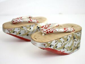 Vintage Japanese Wooden Red Hand Painted Lacquer Crane Maiko Geisha Geta Shoes