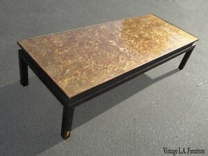 Vintage Oriental Asian Chinoiserie Black Gold Gilt Cocktail Coffee Table