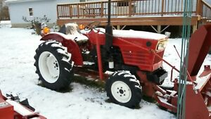 276 D 4x4 27 Hp Yanmar Tractor Front Mounted Snowblower Shuttle Trans 2spd Pto