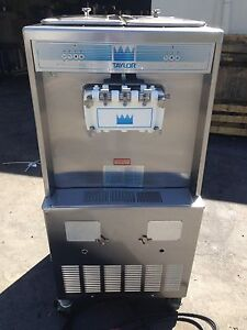 Taylor 754 Soft Serve Frozen Yogurt Ice Cream Machine 3ph Water Fully Working