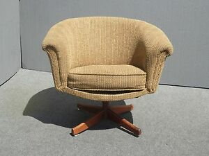Vintage Danish Modern Style Mid Century Modern Brown Swivel Arm Chair As Is