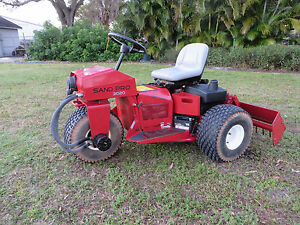 Toro 3020 Sand Pro Sand Trap Rake 3 Wheel Drive W Rear 66 Box Blade