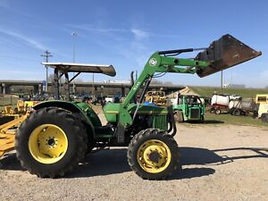 John Deere 5200 Diesel Tractor 4x4 With Front Loader And Bucket