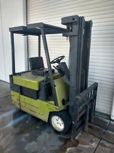 Clark 36v Electric Forklift Tm25 With Single Phase Charger 6000lb Capacity
