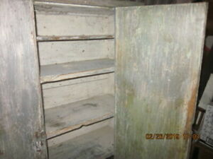Primitive Painted Cupboard Late 18th Cent Pennsylvania