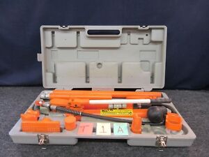 Central Hydraulic 10 Ton Body Frame Repair Kit S 32746 Portable Lifting Ram Used