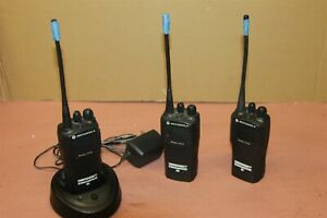 Kenwood Cp200 4 Channel Uhf Fm Transceiver 2 Way Radio With Charger