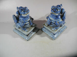 Chinese A Pair Blue White Porcelain Statues Foo Dog Mark