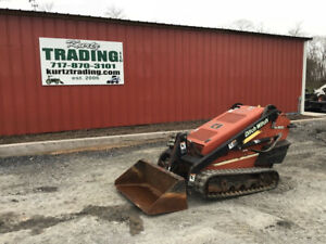 2009 Ditch Witch Sk500 Compact Track Stand On Skid Loader
