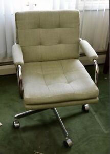 Mid Century Modern Mcm Patrician Rolling Office Square Tufted Chair Armchair
