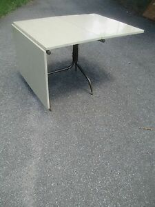 Rare Drop Leaf Formica Dinette Dining Kitchen Table 1960 70 S Delivery Service