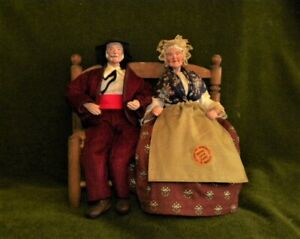 Vintage Santons De Provence Terracotta Figurines Old Couple On A Bench