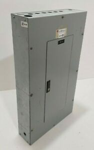 Cutler Hammer 100 Amp Prl1 Panel With Main Breakers 120 208 Volt 3 Phase 4 W