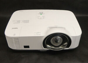 Nec M260xs np m260xs Hdmi vga Short Throw Projector No Bulb For Spares