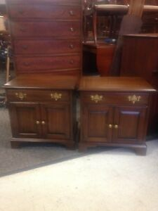 Pair Of Pennsylvania House Vintage Cherry Night Stands End Tables