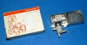 New Honeywell Rp418 Electric Pneumatic Relay Switch Rp418a 1099 1 220 Volt