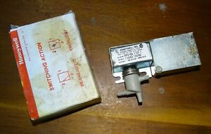 New Honeywell Rp418 Electric Pneumatic Relay Switch Rp418a 1107 1 120 Volt