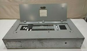 Siemens Panel With Breakers 125 Amp 480 277 Volts 3 Phase 4 Wire