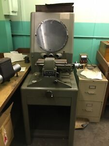 Covel Manufacturing Optical Comparator Model 14 With 3 Additional Lenses