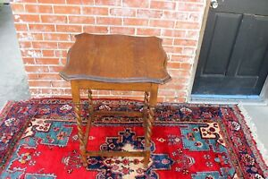 English Antique Oak Barley Twist Small Side Table Living Room Furniture