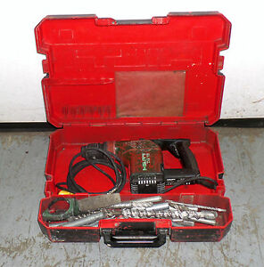 Hilti Te 15 Electric Rotary Hammer Drill With 20 Bits Attachments