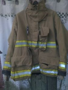 Globe Firefighter Jacket Size 46x32