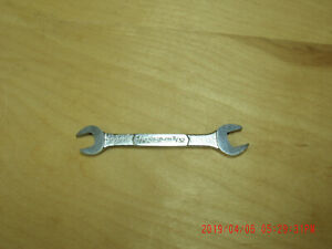 Snapon Tools J2022 Thin Head Short Openend Wrench 5 16 X11 32