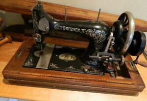 Rare Gritzner R Selecta Antique Hand Crank Sewing Machine Wood Inlay