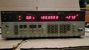 Hp 8656a Signal Generator 0 1 990mhz Option 001