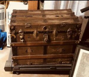 Beautiful 1800 S Antique Steamer Trunk Victorian Flat Top W Tray All Original