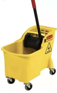 Mop Bucket Cleaning Pail Tub Portable Movable 7 75 Gal Built in Casters Plastic