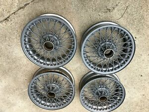 Set Of 4 Wire Wheels And Spinners 60 Spoke Almost New Condition 15