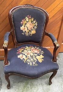 Vintage French Provincial Louis Xv Mahogany Needlepoint Fauteuil Arm Chair
