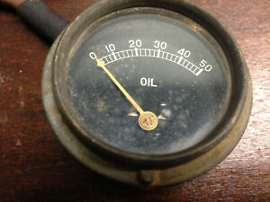 Vintage Round Oil Pressure Gauge Rat Rod Steampunk Ub 1 8