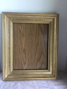 Vintage Large Gold Painted Wood Frame Holds 10x13 Picture Total Is 14 X 17