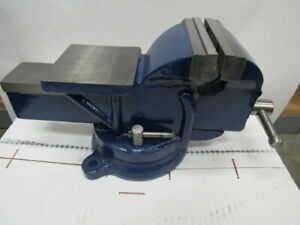 New 5 Bench Vise With Swivel Base