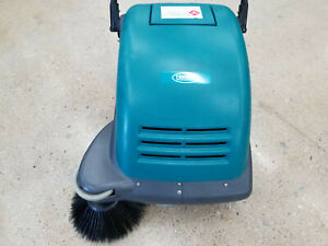 Tennant 3610 Battery Powered Sweeper