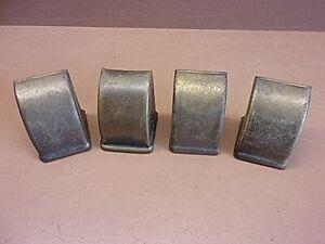 Vtg Lot Of 4 Brass Furniture Leg Foot Protectors 1 1 2 X 1 1 2 X 2 Gr8 Patina