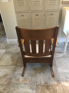 Antique 1920 S Mission Arts Crafts Solid Oak Rocking Chair Rocker Stickley Era