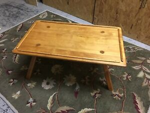 Cushman Colonial Creation Maple Coffee Table Mid Century Cut Peg Legs