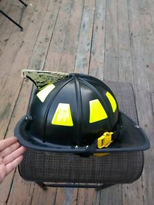 Cairns 1044 Fire Helmet With Clear Defender Visor Quick Release